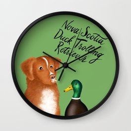 Nova Scotia Duck Trolling Retriever (Green) Wall Clock