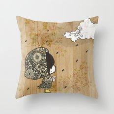 Mais Pequeno Throw Pillow