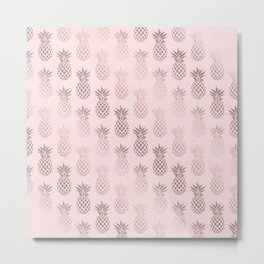 Girly rose gold & blush pink pineapple pattern Metal Print