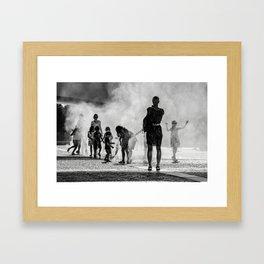 Brume d'été Framed Art Print