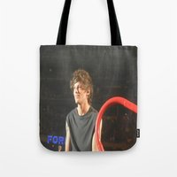 louis tomlinson Tote Bags featuring Louis Tomlinson by Halle