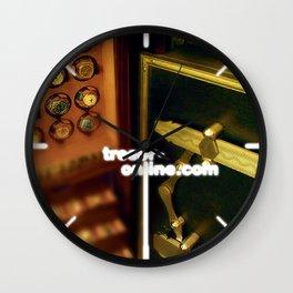 deluxe tresor Wall Clock