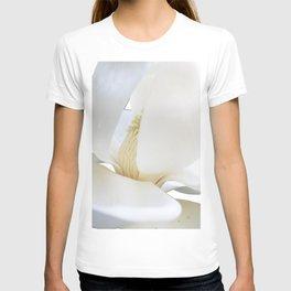 magnolia bloom T-shirt