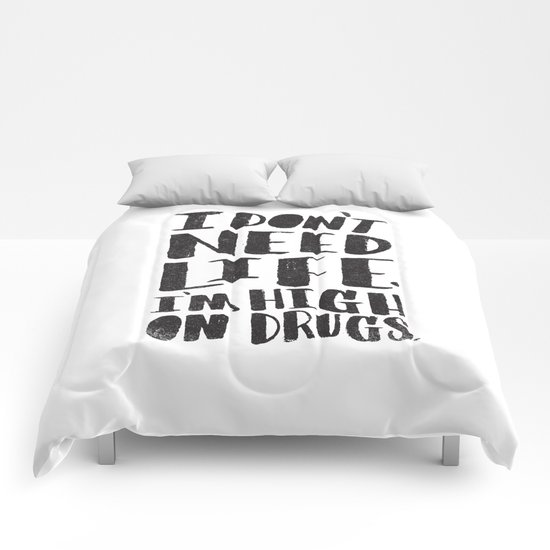 HIGH ON DRUGS Comforters