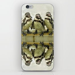 PENGUIN CHAT iPhone Skin