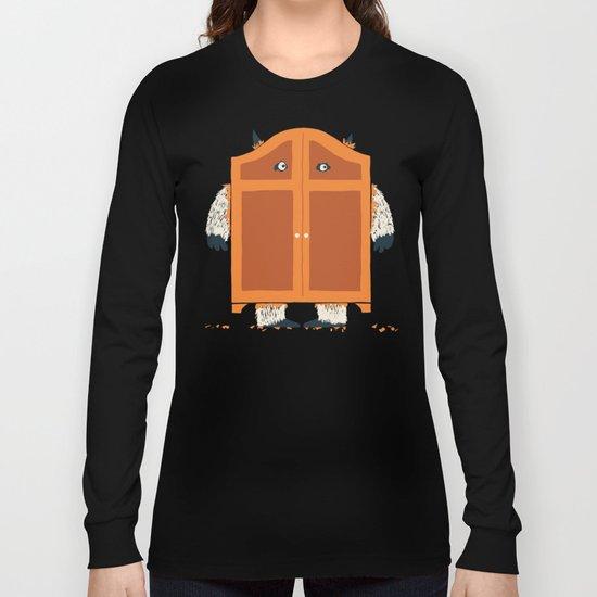 Monster in the closet Long Sleeve T-shirt