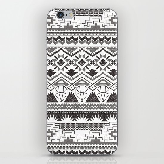 CRYSTAL AZTEC B/W  iPhone & iPod Skin