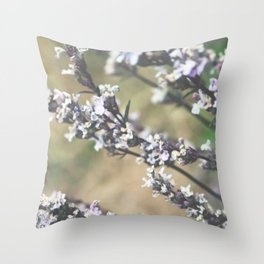 Dreamy lila Throw Pillow