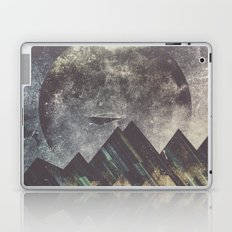 Sweet dreams mountain Laptop & iPad Skin