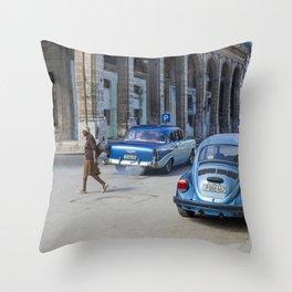 Havana walks Throw Pillow