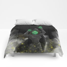 "Elphaba ""No Good Deed"" Comforters"