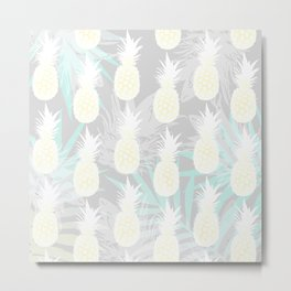 Elegant Pineapple Tropical Beach Pattern Metal Print