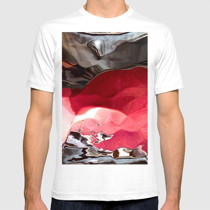 Ruby between the Rocks T-shirt