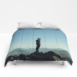 Alone in the blue summit Comforters