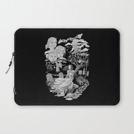 Hispanic Legend La Llorona (black and white) Laptop Sleeve