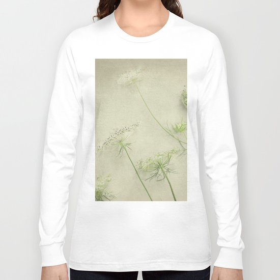Queen Anne's Lace Flower Long Sleeve T-shirt