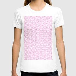 Japanese Waves (White & Pink Pattern) T-shirt