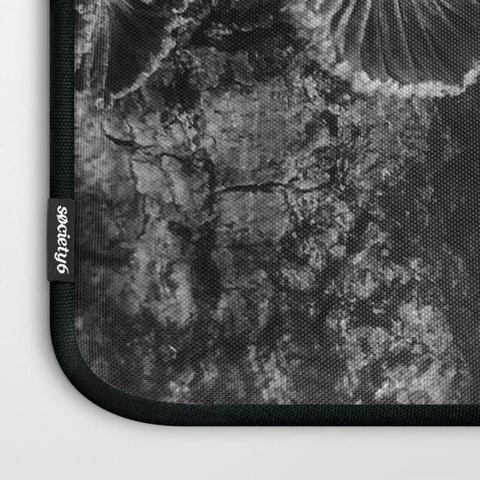 Tree Fungus Branch Vertical High Contrast Laptop Sleeve
