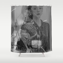 Itzy - Lia Shower Curtain