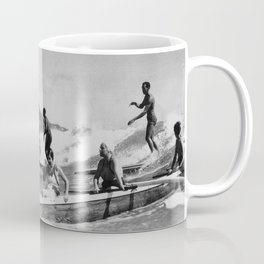 Vintage Surfing Hawaii Coffee Mug