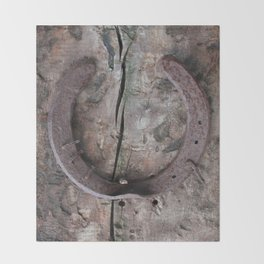 Rusted Horseshoe on Weathered Wood rustic decor Throw Blanket