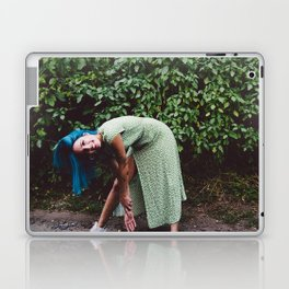 Halsey 48 Laptop & iPad Skin