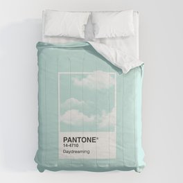 Pantone Series – Daydreaming Comforters