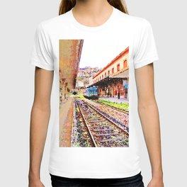 Catanzaro: train at the station T-shirt