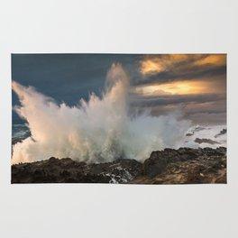 Huge Monster Waves at Shore Acres State Park, Oregon Rug