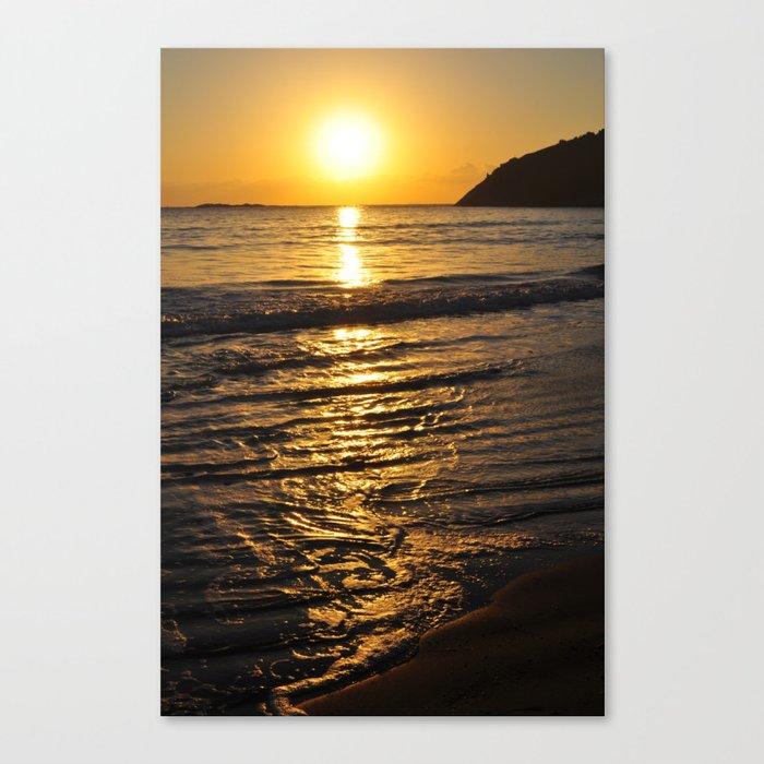Tropical beach on summer sun Canvas Print