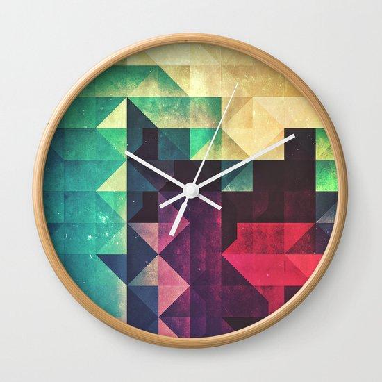 frr yww Wall Clock