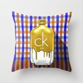 CK ONE GOLD_PA KAO MA01 Throw Pillow