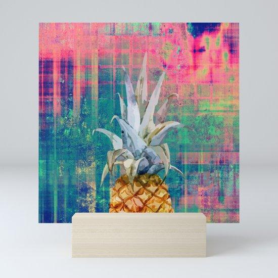 pineapple by markashkenazi