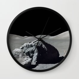 Apollo 17 - Astronaut Boulder Wall Clock