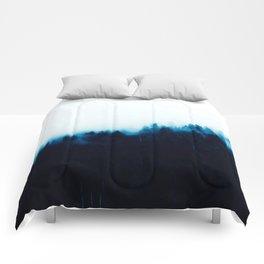 BLUE MOUNTAINS LANDSCAPE Comforters