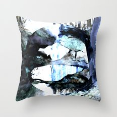 forest rain circle Throw Pillow