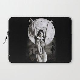 Vampirella 2 Laptop Sleeve
