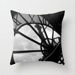 Horloge d'Orsay Throw Pillow