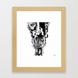 Opressão Framed Art Print