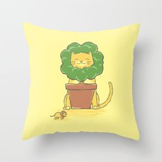 To Be King! Throw Pillow