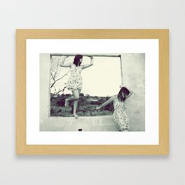 Olé Framed Art Print