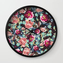 Beautiful victorian rose pattern in vintage style Wall Clock