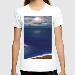 Full Moon reflecting on the Ocean T-shirt