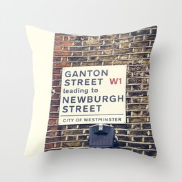 London street sign Throw Pillow