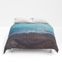 Oceans away Comforters