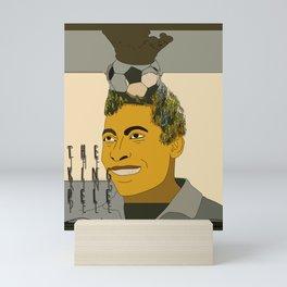 the king pele Mini Art Print
