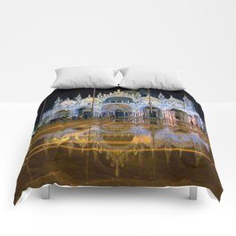 Italy. Venice at night Comforters