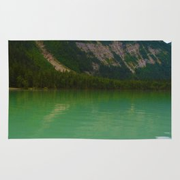 Kinney Lake in Mount Robson Provincial Park, British Columbia Rug