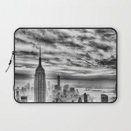 New York skyline cv Laptop Sleeve