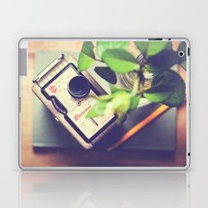 Time for thoughts and creativity Laptop & iPad Skin